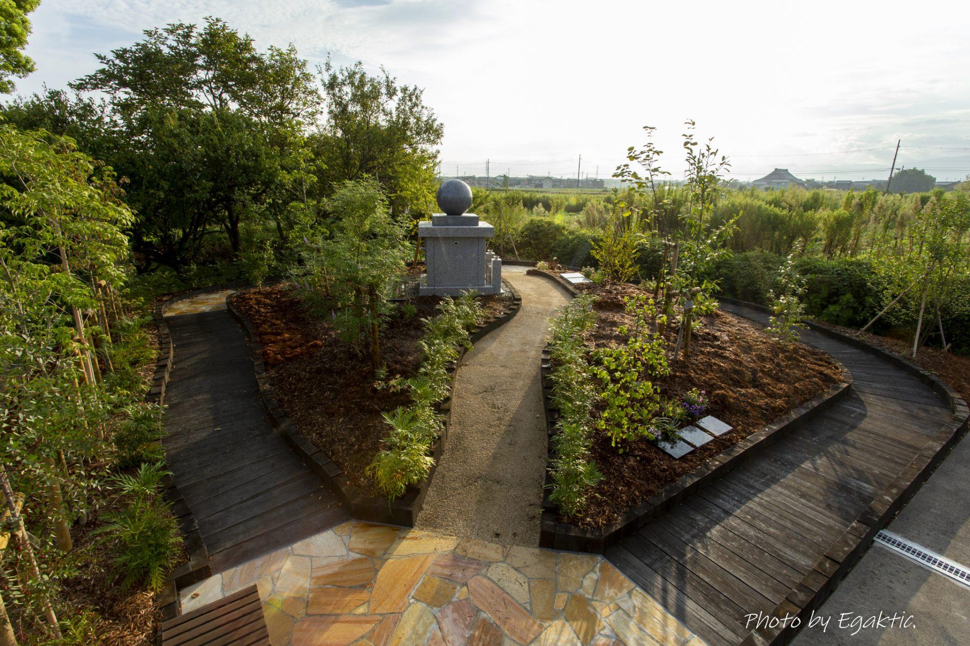土になって花となる樹木葬。 あなた亡き後、興福寺がおまもりします。